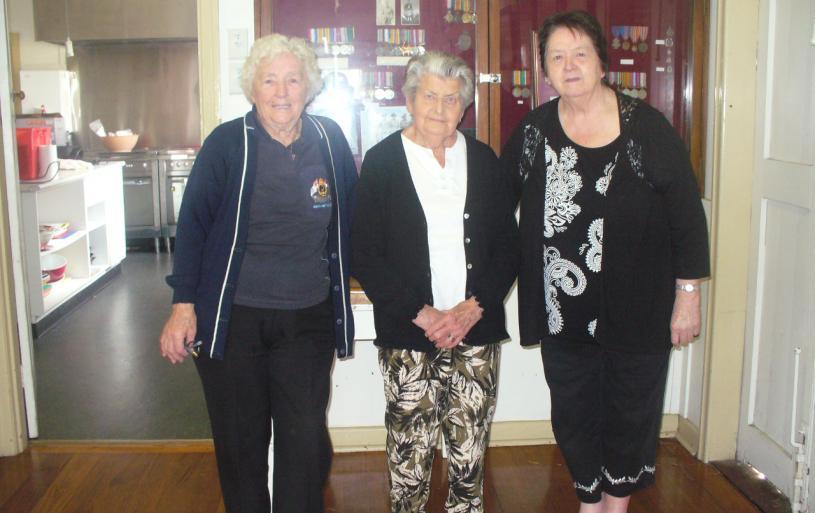 Dot Poole, Valmay Hampson and Maureen Lane